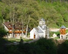 manastir-sudikova_4f8c1333ad9fc