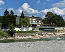 2017 07 18 Berane - PV Dusko Markovic otvorio hotel Berane - FOTO (1) (Large)