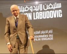 Labudovic-kao-dobitnik-nagrade-Festivala-angazovanog-filma-u-Alziru-decembar-2014-Custom