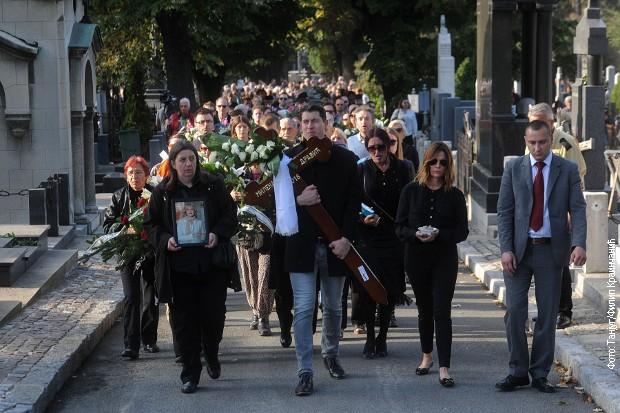 Kolona-sahrana
