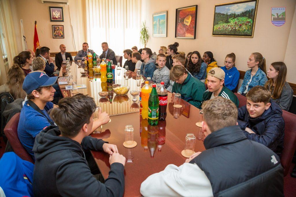 Ученици из Њемачке на пријему код предсједника општине