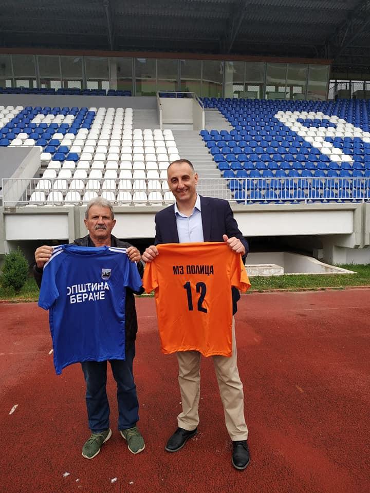 Opština Berane donirala sportsku opremu