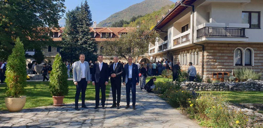 Делегација Општине присуствовала слави манастира Пећка патријаршија