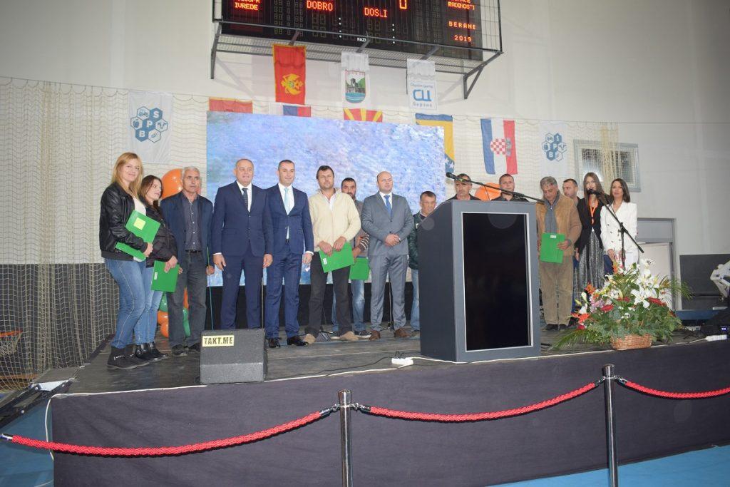 Отворен први Међународни сајам прехране, пољопривреде и домаће радиности у Беранама