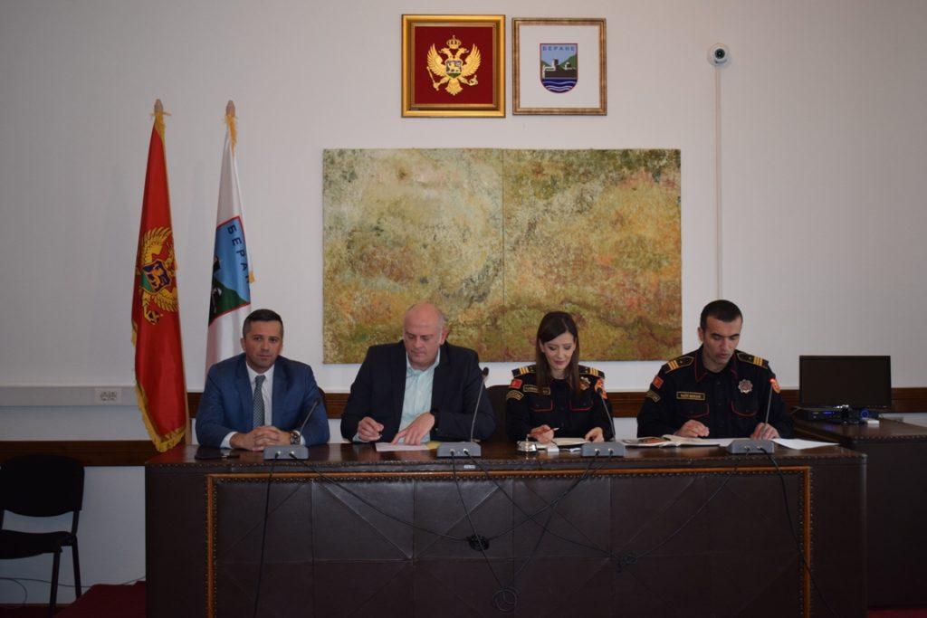 ПАВИЋЕВИЋ: Полиција да буде доступна сваком грађанину и одговори на сваки захтјев