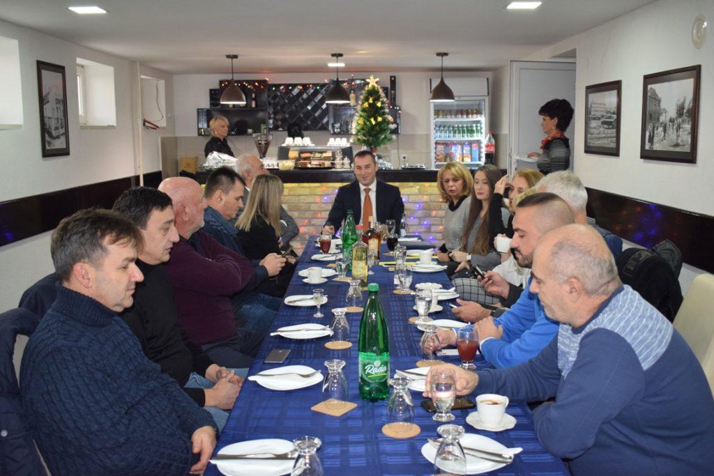 Предсједник Шћекић на радном доручку са новинарима