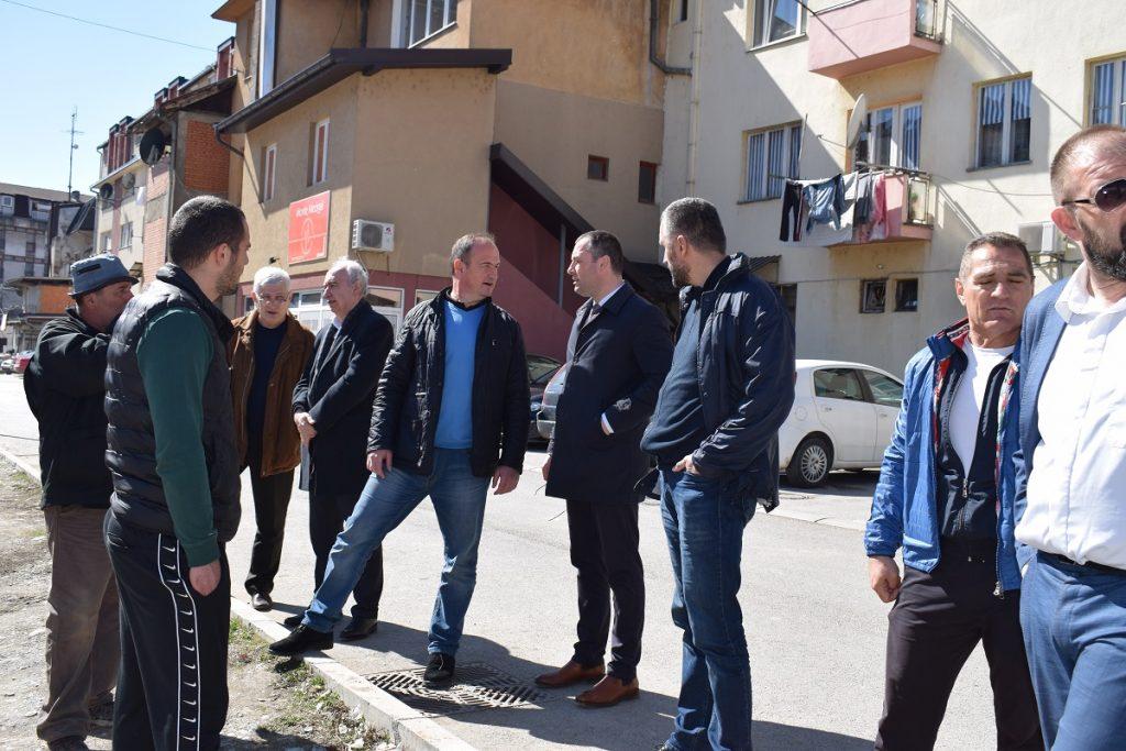 Предсједник Шћекић са сарадницима обишао радове на изградњи саобраћајнице у МЗ Парк