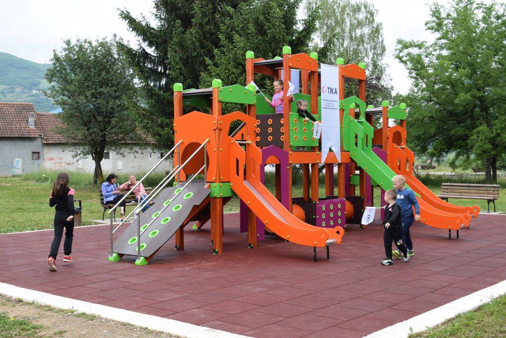 Отворен уређени парк код Лима у МЗ Стари град