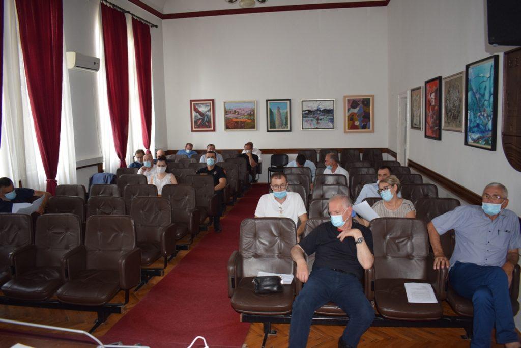 Општински тим донио више закључака због ширења вируса у Беранама