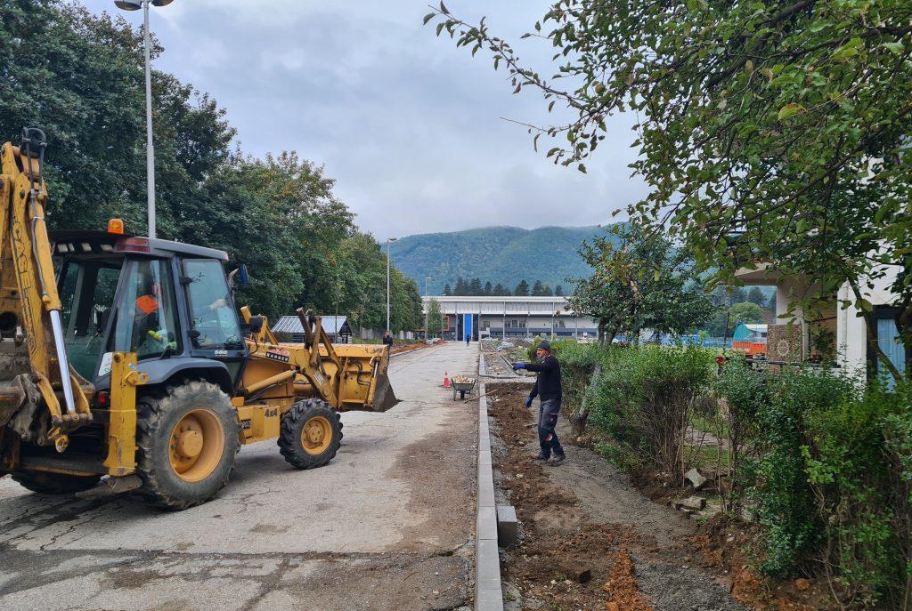 Почели радови на реконструкцији улице према фудбалском стадиону