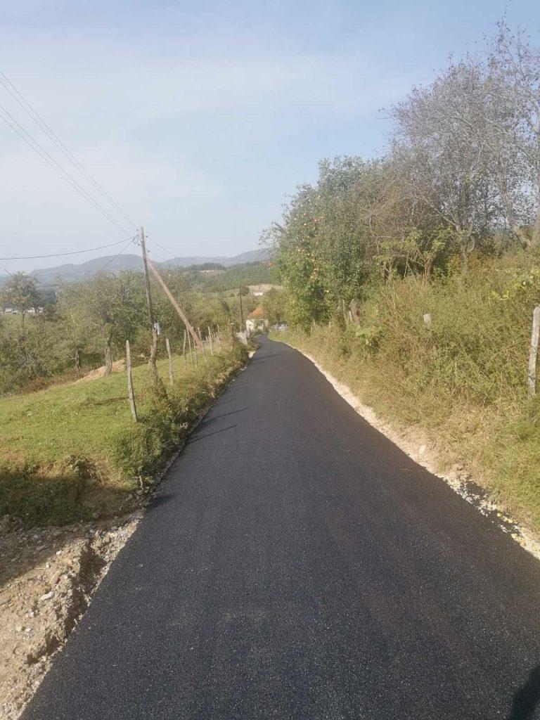 Општина асфалтирала 2150 метара сеоских путева, слиједе нови радови
