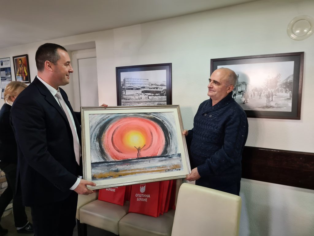 Предсједник Шћекић приредио радни доручак за новинаре и честитао Секуловићу на освојеним наградама