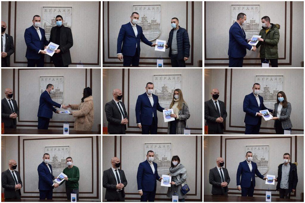 Додијељене стипендије најбољим студентима, Шћекић: Подршка студентима је подршка будућности нашег града